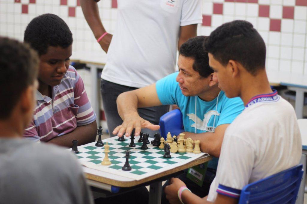 Projeto 'Participaê' leva serviços à população de Arapiraca