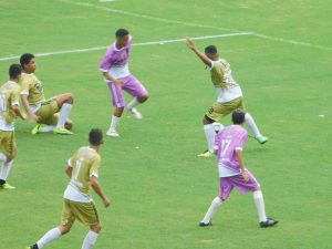 Goleada e jogos equilibrados marcam primeira rodada da Taça das Grotas